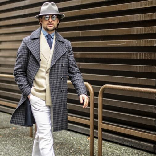 Pantalon-blanc-en-hiver.jpg
