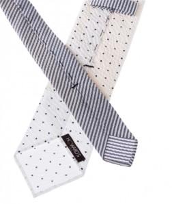 cravate-non-doublee-en-seersucker-blanc-et-pois-bleus.jpg